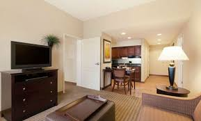 hotels with 2 bedroom suites in st louis mo homewood suites hotel in st louis park mn