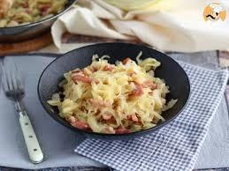cuisiner du choux blanc chou blanc aux lardons recette ptitchef