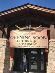 longhorn steakhouse set to open in springfield in late october