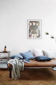 spectacular daybed ideas that look incredibly cozy page 3 of 3