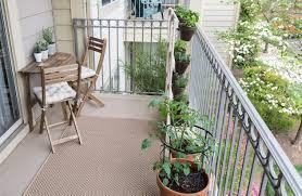 Homemade Vertical Garden How To Build A Vertical Balcony Garden