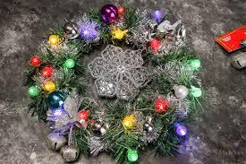 lighted christmas wreath to make an easy diy lighted christmas wreath for 20