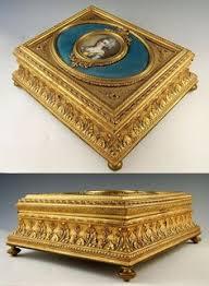 Gilt Bonze Enameled Portrait Wood And Gilt Bronze Box By Maison Gouache Active During The Second