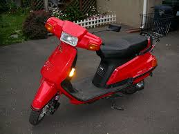 yamaha riva 125 owner reviews motor scooter guide