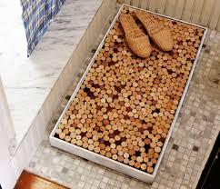 tappeto con tappi di sughero riciclo creativo dei tappi di sughero tante idee curiose non
