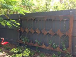 the 25 best cheap garden fencing ideas on pinterest yard diy