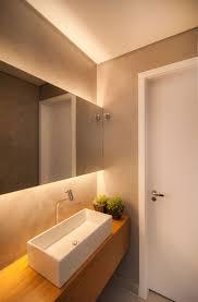beleuchtung im badezimmer uncategorized tolles badezimmer licht ideen die besten 25