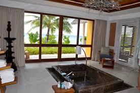 three bedroom landaa estate four seasons maldives a couple of dsc 0894