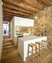 habillage mur cuisine habillage mur cuisine cuisine avec murs en pierres pierres de