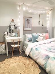 Ikea Beds For Girls by Best 25 Ikea Canopy Bed Ideas On Pinterest Bed With Curtains