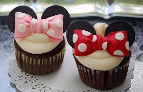 minnie mouse cupcakes minnie mouse cupcakes minnie mouse birthday party ideas