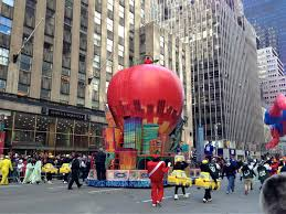 thanksgiving parade new york 2015 floats bmore energy