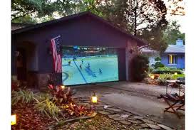 How To Make A Backyard Movie Theater Backyard Theater U2013 Projector People News