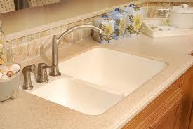 Corian Vs Quartz Lg Hausys Hi Macs Solid Surface Kitchen Countertops And Vanities
