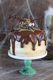 Simple Halloween Cake Decorating Ideas 30 Creepy And Creative Halloween Cakes Cake Chocolate Frostings