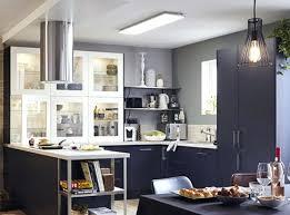 faux plafond cuisine professionnelle eclairage cuisine professionnelle dalle pvc de plafond suspendu pour