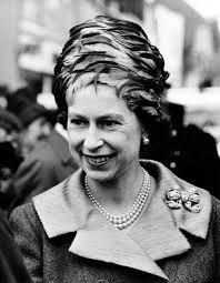 Queen Elizabeth by Queen Elizabeth Ii 1965 Photos The Life And Reign Of Queen