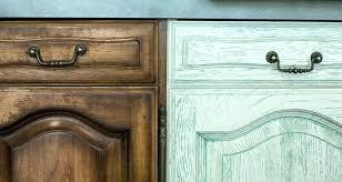 vernis meuble cuisine peinture sur bois vernis meuble cuisine repeindre un en 5 pour
