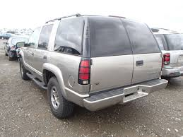 parting out 2000 chevrolet tahoe z71 5 7l vortec 5700 4l60e m30