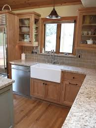kitchen cabinet backsplash best 25 kitchen tile backsplash with oak ideas on oak