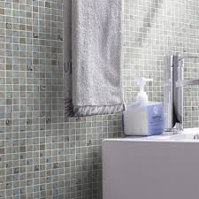 Glass Tile Bathroom by Glass Tiles Mosaic And Listelles For Backsplashes And Feature Walls
