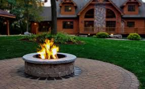 Images Of Backyard Fire Pits by 6 Best Fire Pits For Warming Up Your Backyard