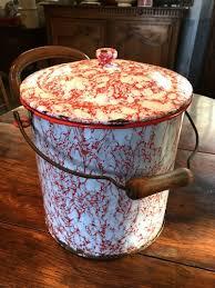 pot de chambre ancien pot de chambre ancien en tôle émaillée