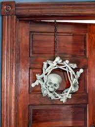 15 halloween wreath ideas how to make a halloween wreath hgtv