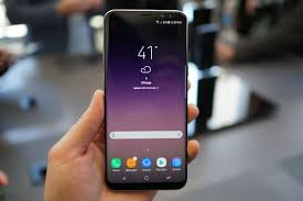 wednesday poll buying the galaxy s8 or galaxy s8 droid life