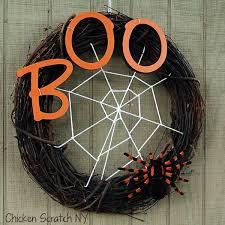 Halloween Wreath | 30 diy halloween wreaths how to make halloween door decorations ideas