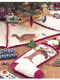 caron crochet christmas tree skirt i have to make this for next