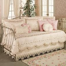 Day Bed Comforter Sets by 21 Best Daybed Covers Images On Pinterest Daybed Covers Daybeds