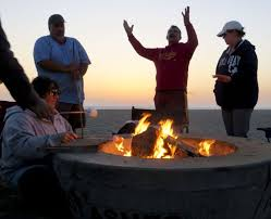 Beach Fire Pit by Beach Bonfire Spat Gets In Southern California