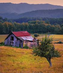 Tennessee landscapes images Rustic barn wears valley tennessee photograph by expressive jpg