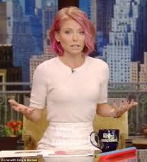 kelly ripa just dyed her hair bright bright bright pink bright