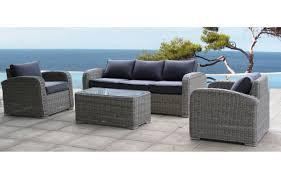 salon de veranda en osier awesome salon de jardin gris et noir photos nettizen us