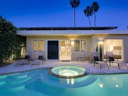 modern vibe bungalow vacation palm springs