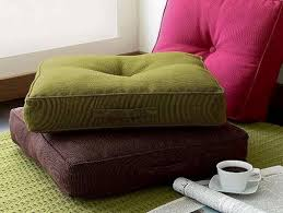 easy diy floor pillows make your own floor pillowsyour own floor