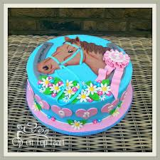 pretty horse cake for girls marissa u0027s stuff pinterest horse