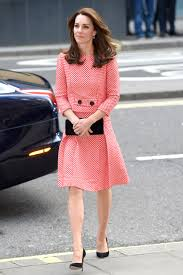 kate middleton dresses the duchess of cambridge s most fashionable looks