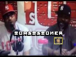 Light Skinned Jokes Aries Spears Receives Paws From Zo Williams On Air After