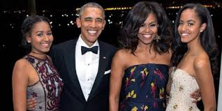 white house photographer reveals the story behind the obamas