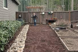 mavis garden blog rock border is now complete one hundred