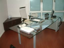 table de bureau en verre bureau en verre affordable bureau table en verre petit bureau verre