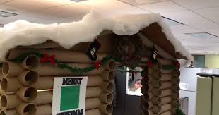 one festive office worker turned her cubicle into a winter wonderland