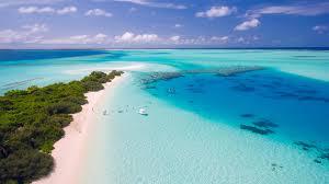 swim the clearest waters on earth traveldudes org