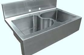 kitchen sinks with backsplash kitchen sink with backsplash attractive luxury 2 verdesmoke