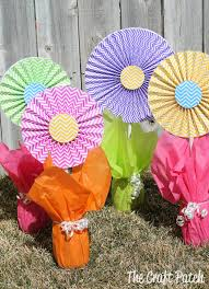 easy centerpieces the craft patch cheerful cheap and easy flower centerpieces