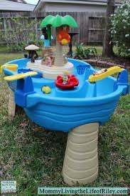 step 2 water table with umbrella review step2 tropical island resort water table wet and wild fun
