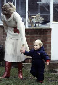 kensington palace william and kate remembering princess diana u0027s sweetest mom moments prince william